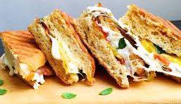 Sandwich maker with sandwich recipes